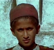 أقدم فيلم بالالوان عن اليمن بعد الثوره – وثائقي مترجم نادر عن اثار حرب الإستقلال عام ١٩٦٤